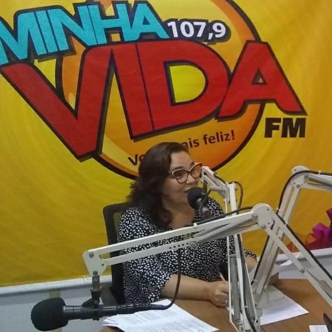 Entrevista com Secretária de Saúde de Martins, Sara Roceli.