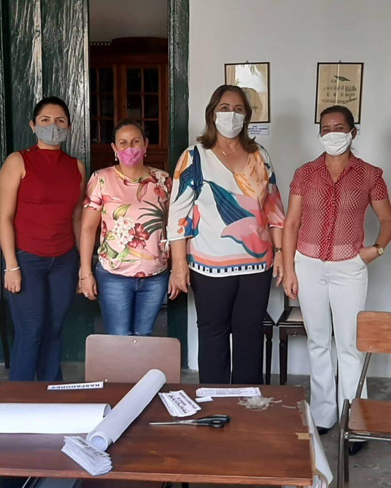 A Prefeita de Martins, Mazé, visitou hoje, (12/02), o Museu Municipal no Edifício Pax