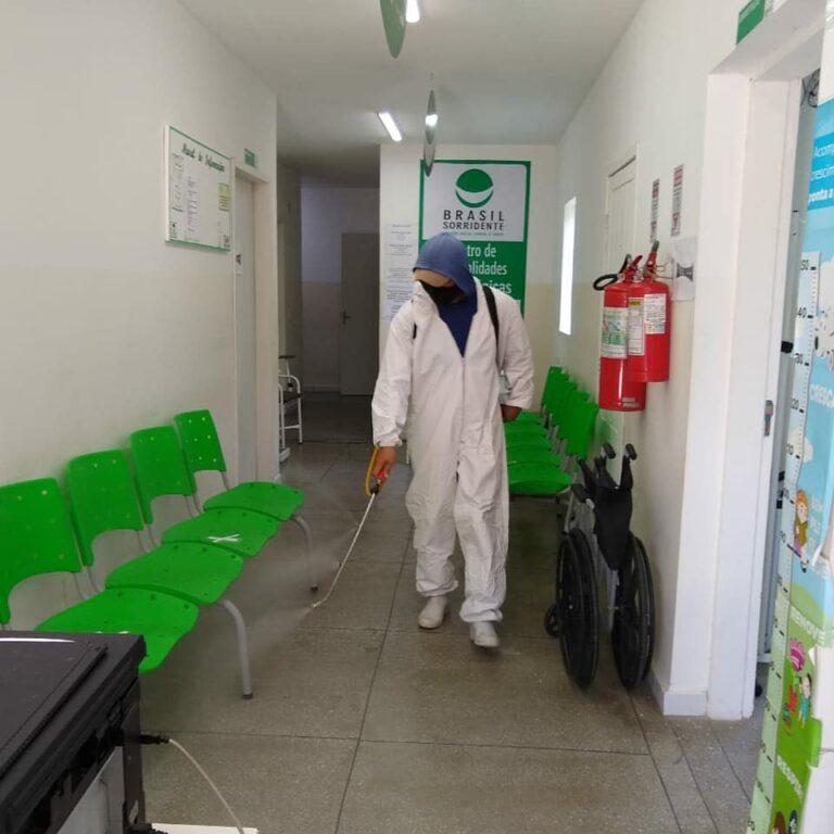 Desinfecção dos prédios públicos do município