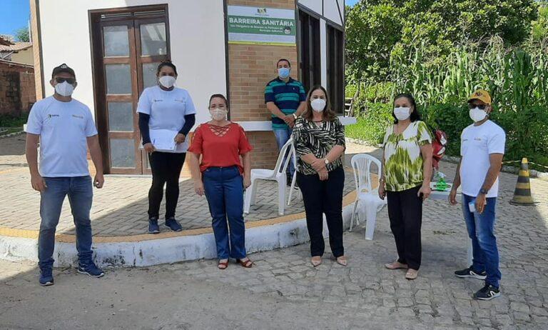 Read more about the article PREFEITURA INSTALA BARREIRAS SANITÁRIAS EDUCATIVAS